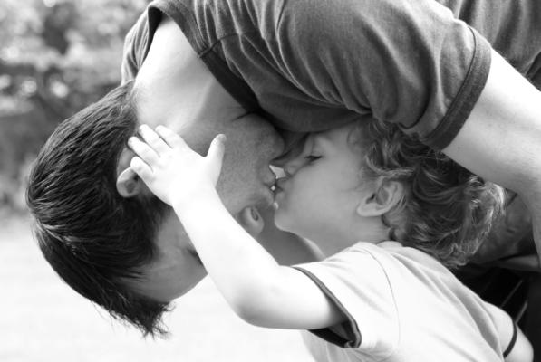 10 Reasons To Date A Single Dad