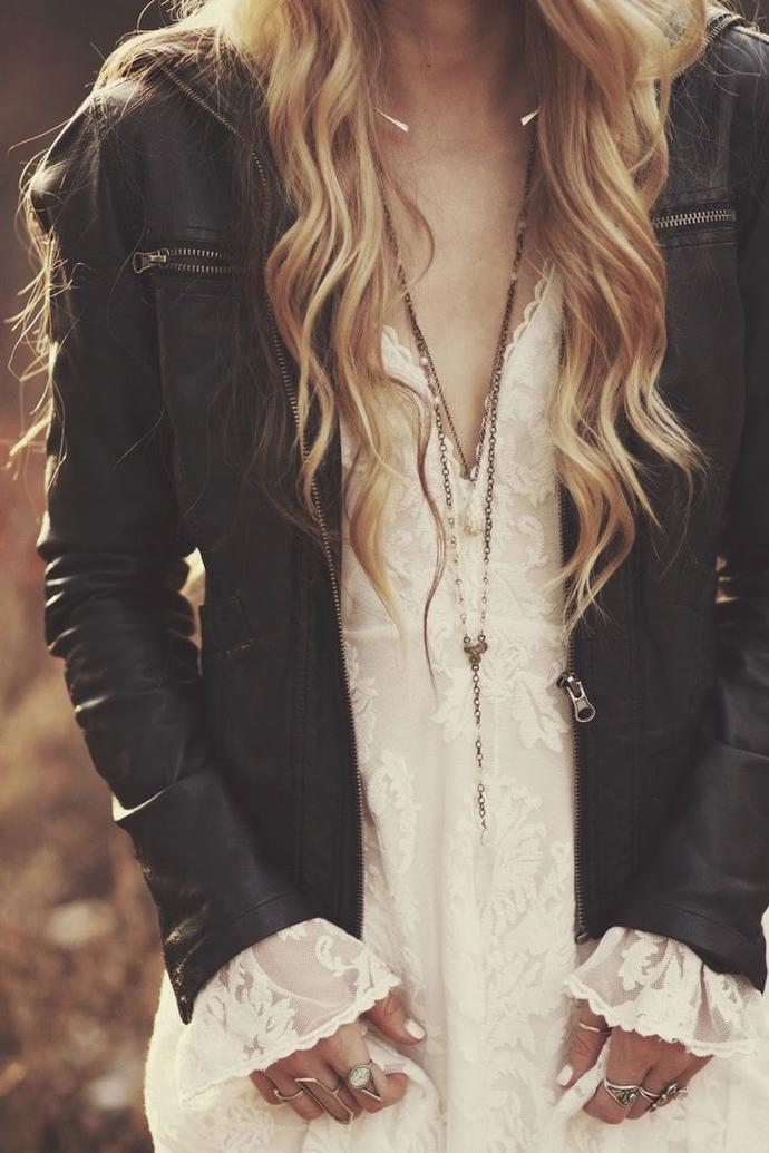 Leather and Lace - dare to try it ^-^