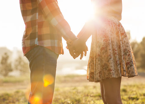 5 Reasons Why Women Should Ask Men Out More Often