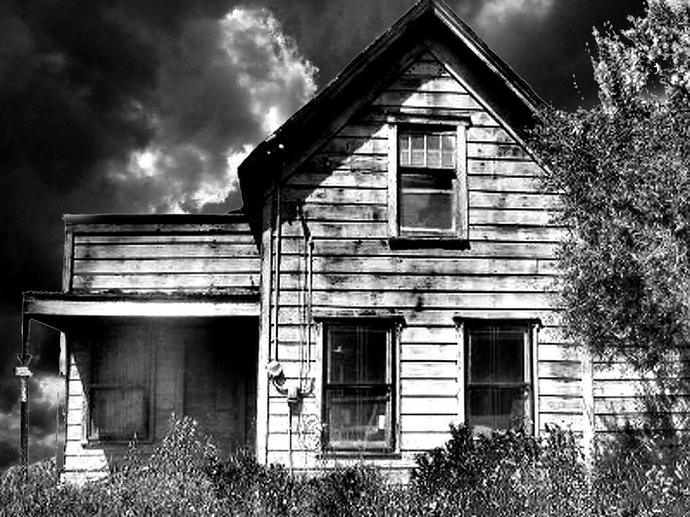 The not so official guide, on how to survive in a horror film