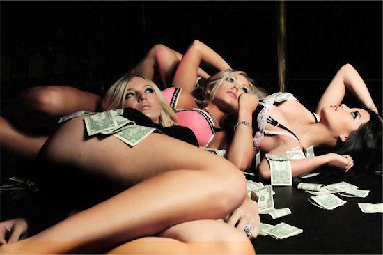 10 tips to become a successful stripper!
