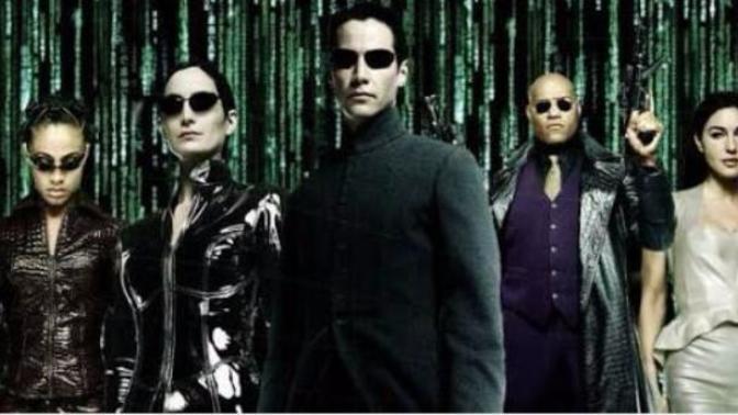 5 Reasons Why To Date A Matrix Fan!