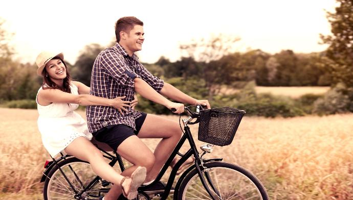10 Awesome Date Ideas That Are Cheap or Totally Free