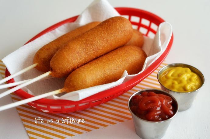 Fun Fair Foods: 10 Delectable Carnival Delicacies 🎢🎡