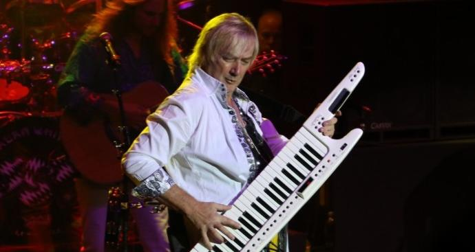 20 of the Greatest Keyboardists/Organists And Their Solo Efforts
