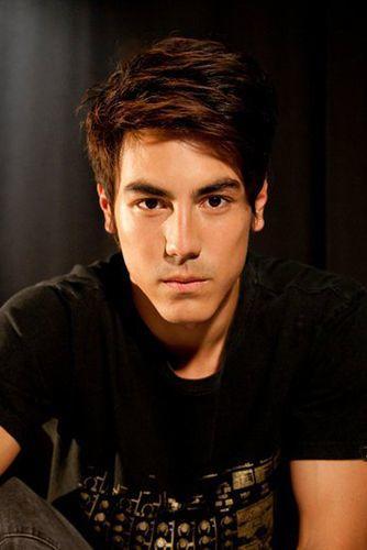 'STRAYA: 4 Australian Actors That Make Me Want to Go Down Under