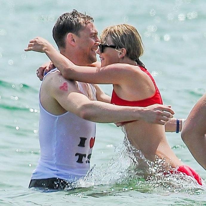 Taylor Swift & Tom Hiddleston Split > Color Me Surprised