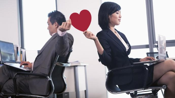 Dating A Co-Worker: The Pros and Cons
