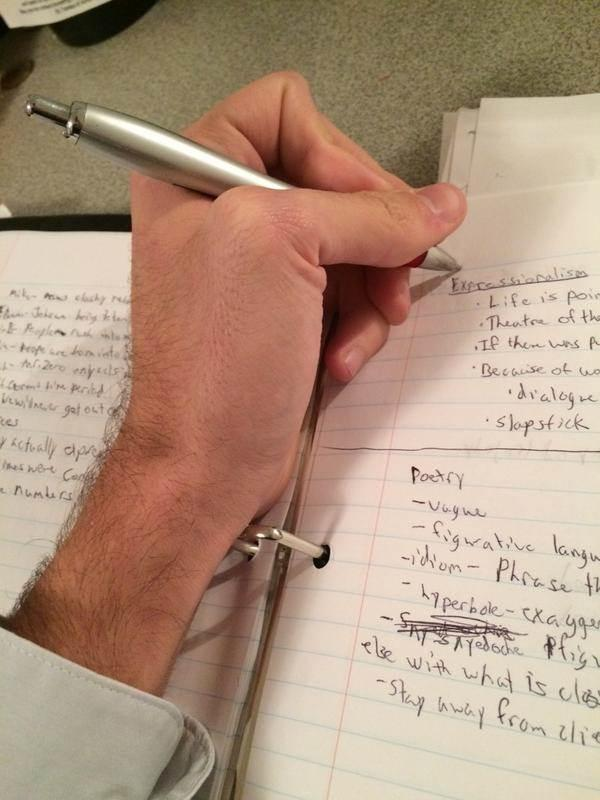 13 Problems Lefties Face in a Right-Handed World