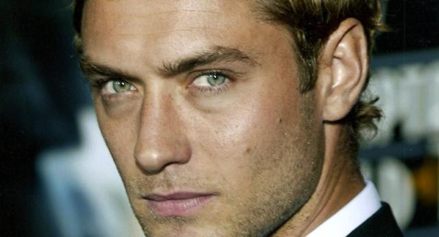 Characteristics of a Masculine Face, and Why Any Man Can Appear Masculine