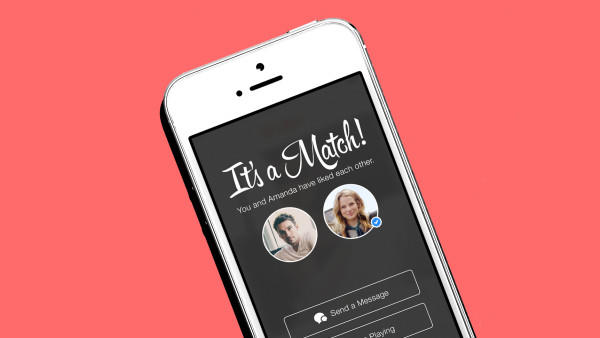 What I Learned From 24 Hours on Tinder as a 17-Year-Old