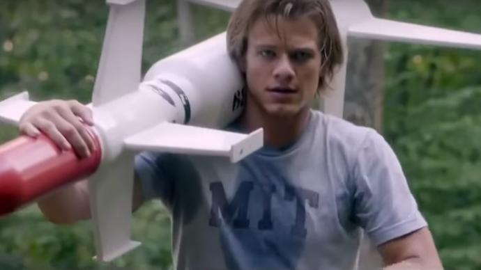 "Reviewing The ""New"" MacGyver"