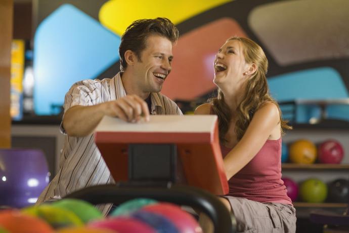 4 Wonderfully Romantic First Date Ideas