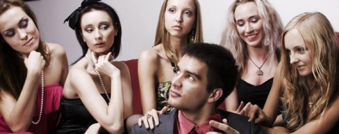 3 Reasons Why You Should Try Being a Serial Dater