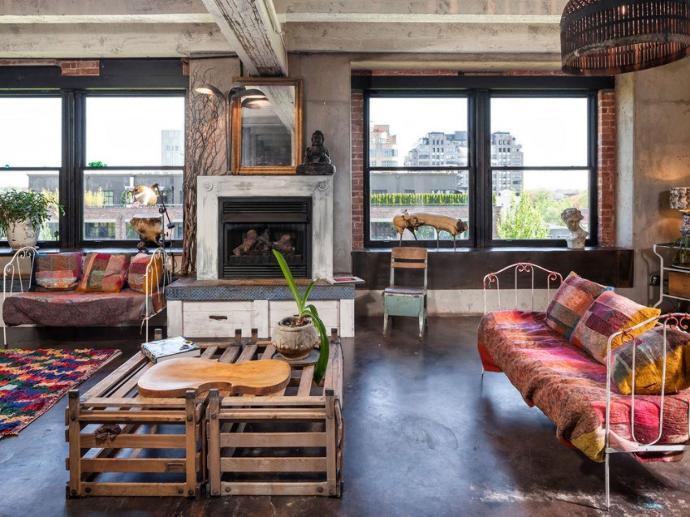 17 Beautiful Examples of Industrial Design for Homes and Apartments