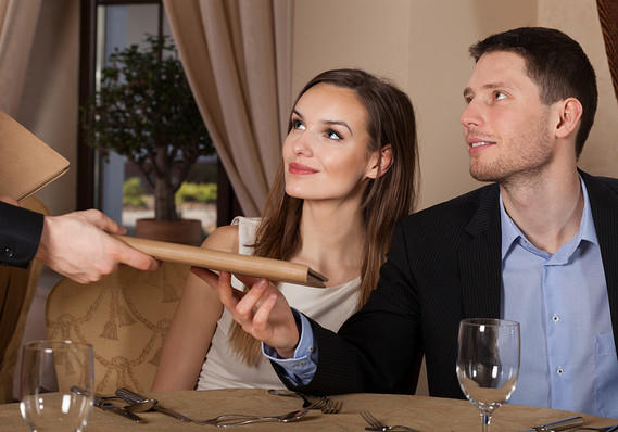 15 Things Most Women Think About on a First Date