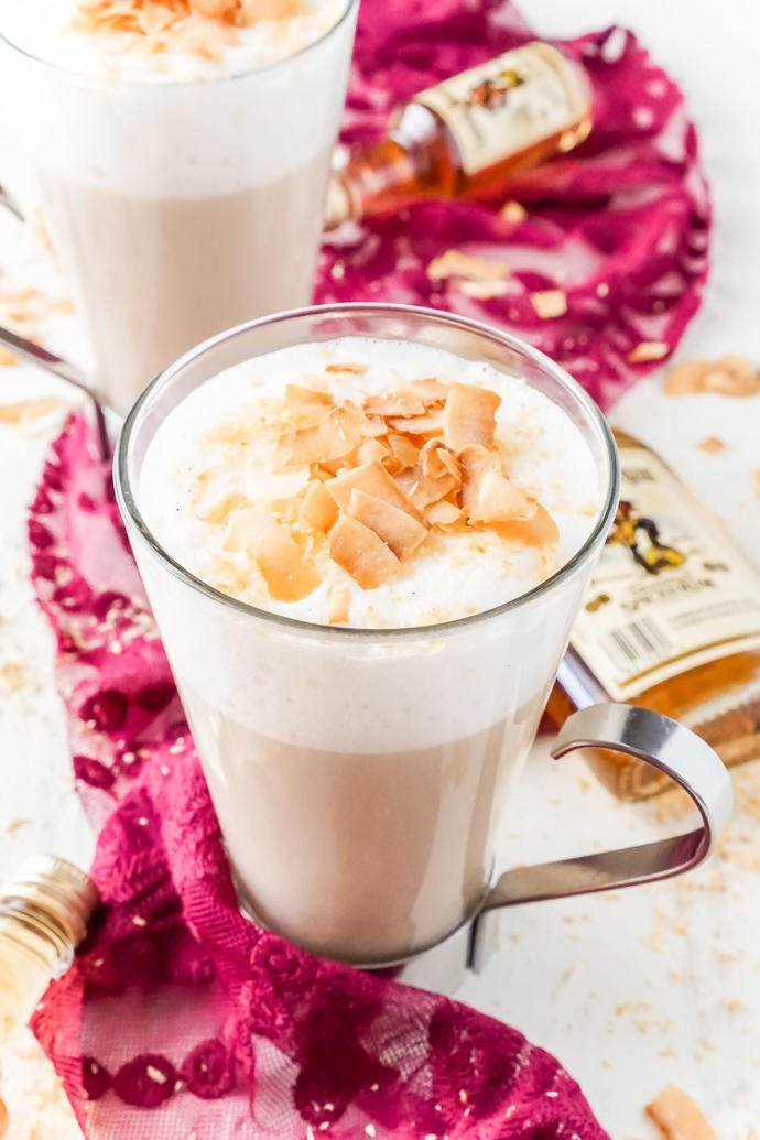 8 beverages to keep you warm and merry this Christmas!