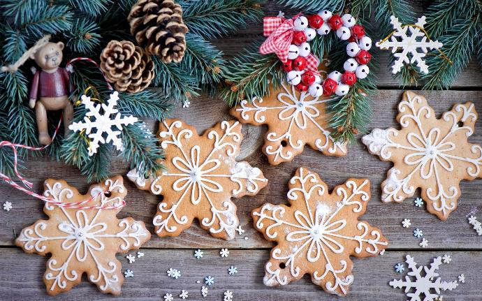 Cookie Ideas to Make and Munch On This Holiday Season