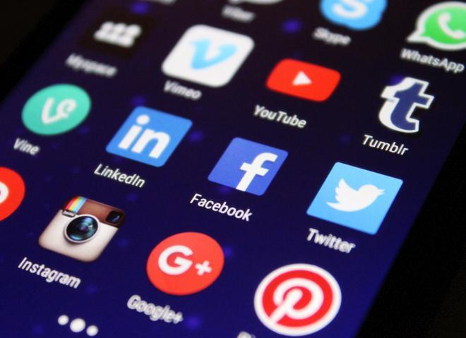 The Depression Effects from Too Much Social Media:  Take A Break- Quit Drowning