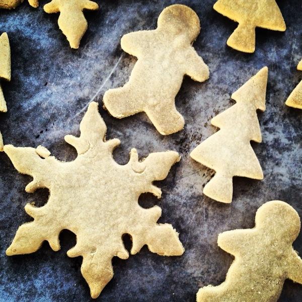 7 Yummy Vegan Christmas Treat Recipes 🍪🎄