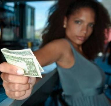 Why Don't Guys Want to Pay for the First Date Anymore?