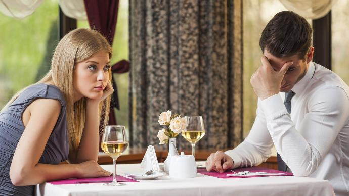 7 Topics You Should Avoid Talking About on a First Date