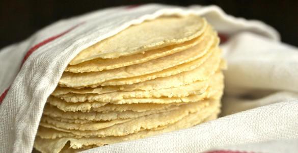 How to make (corn) Tortillas!