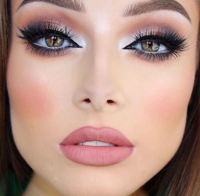10 Dumb Comments that Make Every Make-up Lover's Eyes Roll