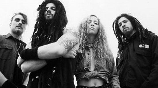 A Comparison of the Metal Bands Rob Zombie and White Zombie