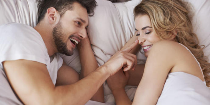 5 Signs He's In Love With You