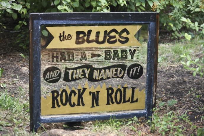 """The Greatest Girls of Rock: Meet the Most Amazing """"Female"""" Blues and Rock Musicians of All Time!"""