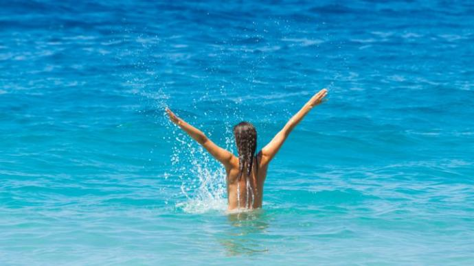 How Nudism Can Improve Your Body Image