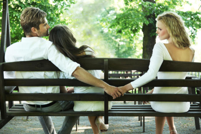 5 Reasons Why People Cheat On Their Significant Others