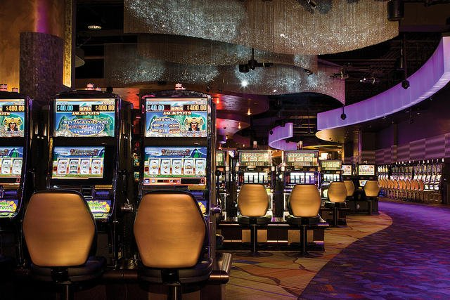 Place Your Bets: Stephen reviews Harrah's Cherokee Casino (Cherokee Indian Reservation, North Carolina)
