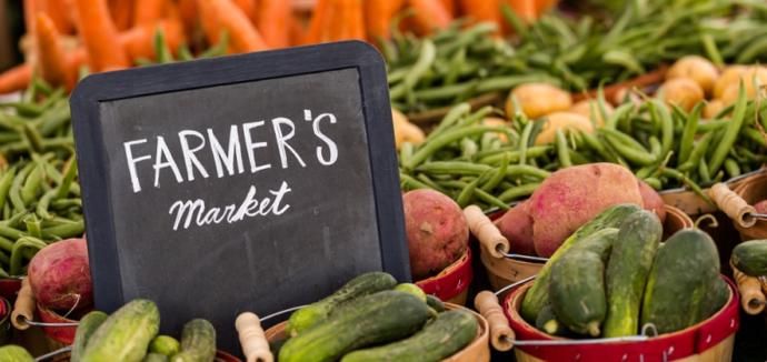 The best reasons to buy local food? Better nutrition, better flavor, and support for your communities.