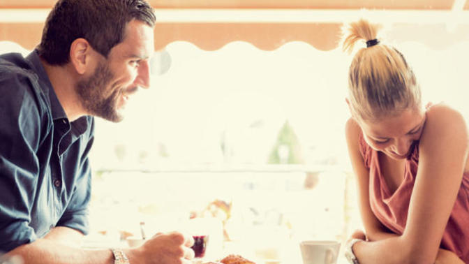 How to Be Less Nervous During a First Date