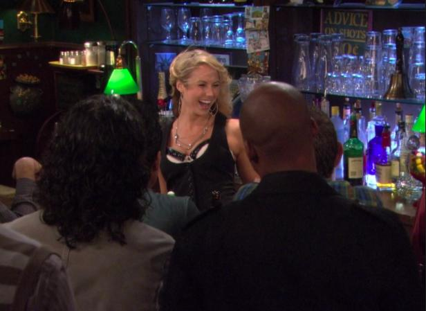 How to get the hot girl bartender - by someone who has done it!