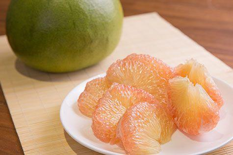 What the flesh of the pomelo looks like after you take it out from the rind and remove the pith