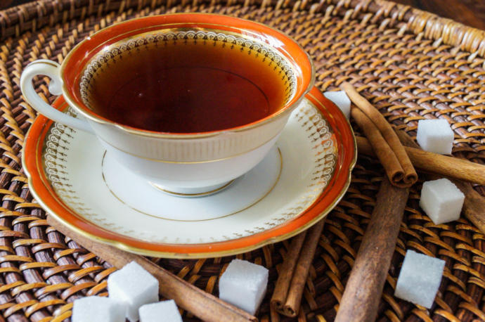 Cinnamon tea fights inflammation and boosts your brain.