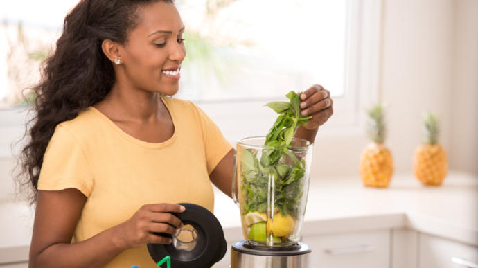 Adding fresh herbs to your daily smoothie can help your health - -