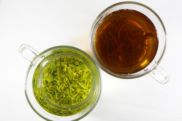 Oxidation makes the difference between green and black teas.