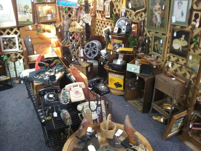 My time at the Volo antique and thrift shops