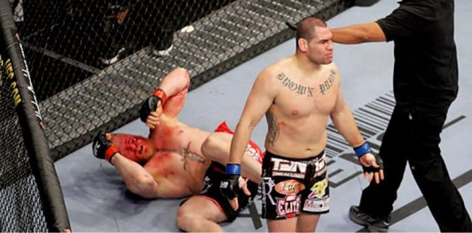 Cain Velasquez victorious over Brock Lesnar