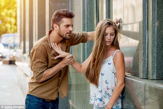 The #1 Thing Guys Get WRONG About Women & Dating (+ Why Its Keeping You Single & Frustrated)