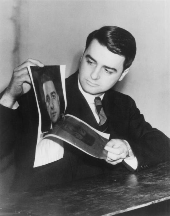 Edwin Land demonstrating his Polaroid process
