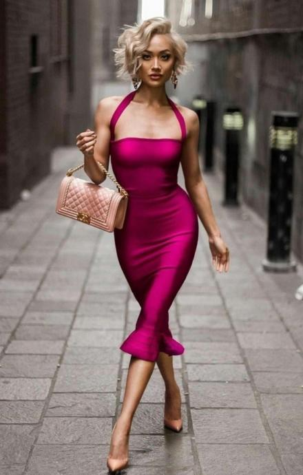 The dress obviously emphasises, but its clear to me she has an hourglass figure even if it is a small one.