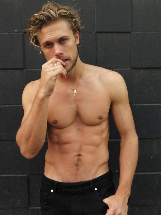 Model Christopher Mason