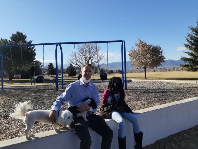 My uncle and little sister ..............and the dogs ( chloe and mika )