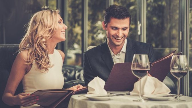How to have a safe first date if you are a lady! (A good read for guys.