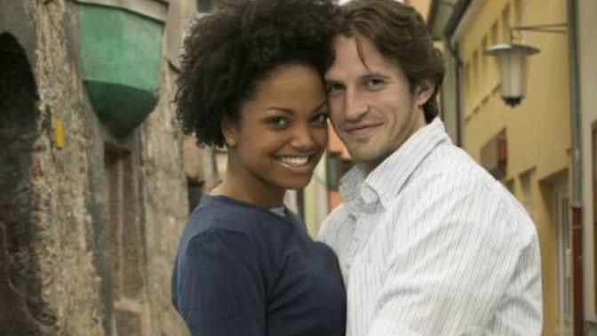 Is it bad to date exclusively outside one's race?